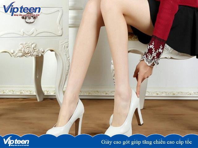 Giày cao gót là cách tăng chiều cao nhanh trong 1 tuần