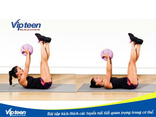Bài tập bụng với bóng để tăng chiều cao cho nữ siêu hiệu quả