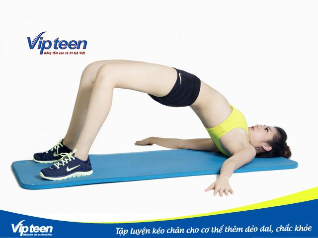 Cơ thể bạn sẽ thêm phần chắc khỏe với động tác kéo chân này