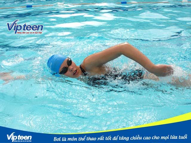 Bơi lội giúp tăng chiều cao cho người trưởng thành