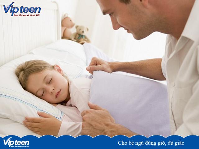 Cho bé ngủ đúng giờ, đủ giấc giúp tăng chiều cao