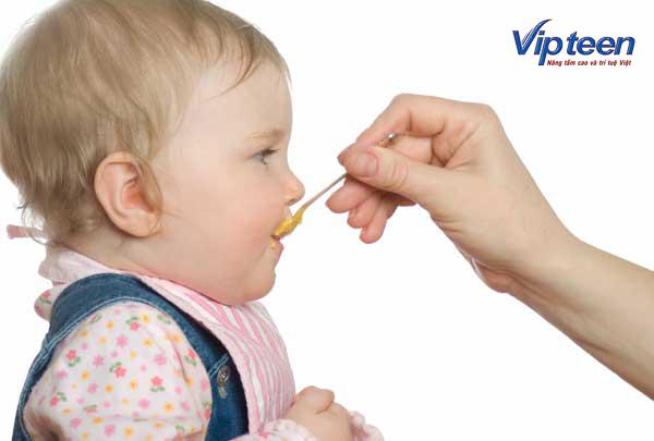 Cẩn trọng khi sử dụng thuốc tăng sức đề kháng đường hô hấp cho trẻ