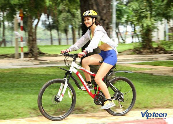 cách tăng chiều cao ở tuổi 16 cho nữ - đạp xe
