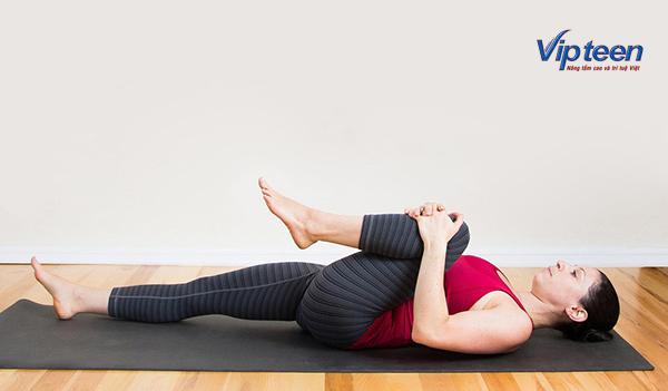 bài tập tăng chiều cao cho nữ - nằm kéo chân