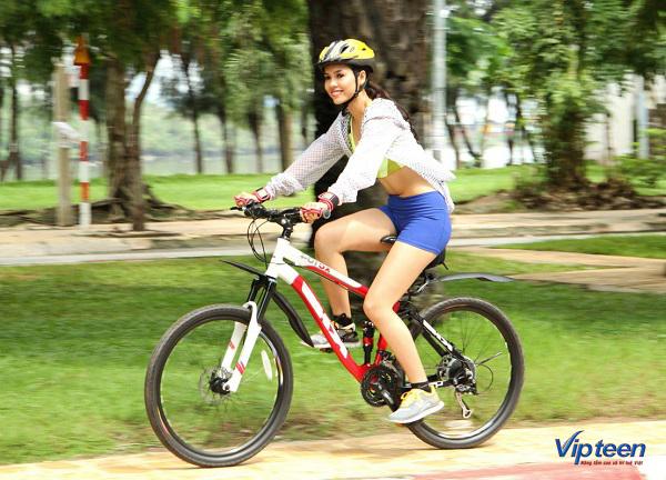 bài tập tăng chiều cao cho nữ - đạp xe