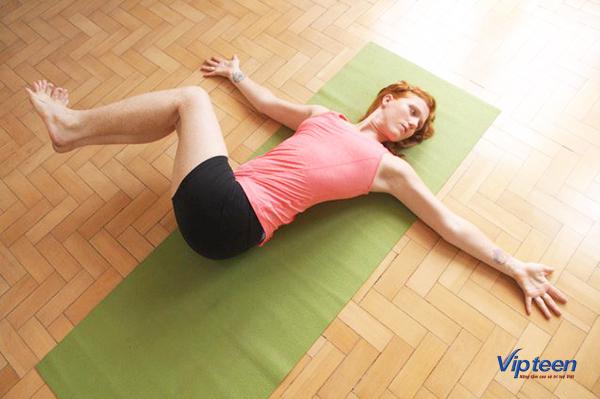 bài tập tăng chiều cao trước khi đi ngủ - xoay hông