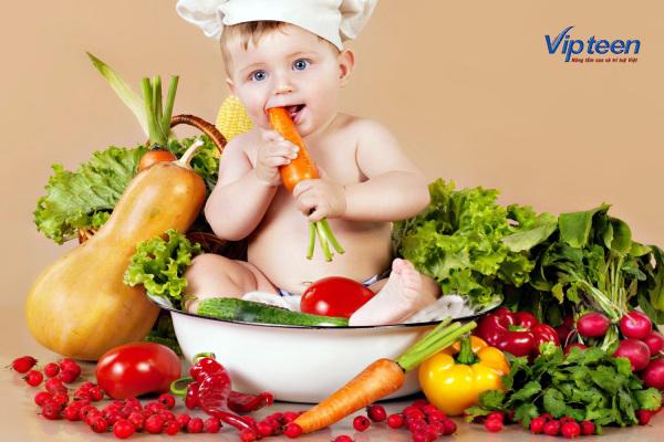 bổ sung dinh dưỡng cho bé 3 tháng tuổi bị rụng tóc