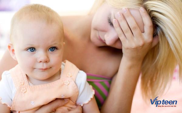 cách chữa cho bé 3 tháng tuổi bị rụng tóc