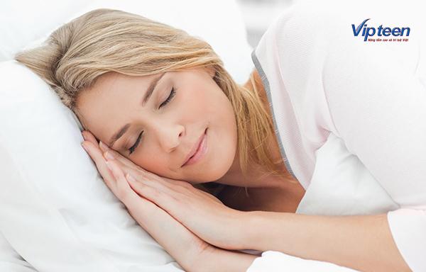 bí quyết tăng chiều cao - chế độ ngủ nghỉ đầy đủ