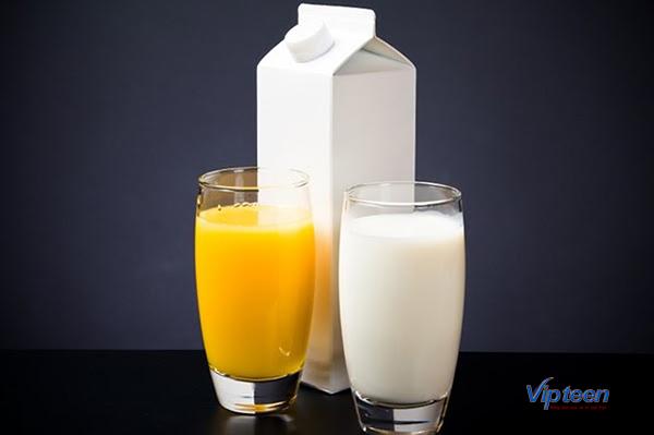 cách tăng chiều cao ở tuổi 15 - uống nước và sữa