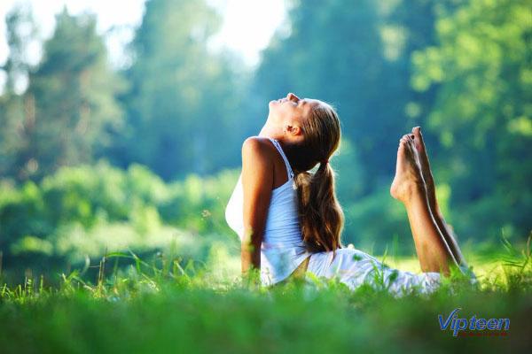 tắm nắng là cách tăng chiều cao ở tuổi dậy thì hiệu quả