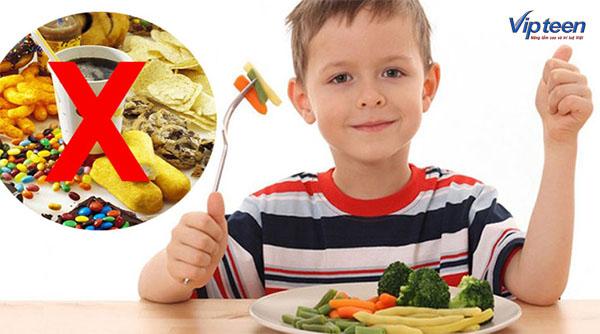 tăng chiều cao cho trẻ 3 tuổi bằng cách tránh yếu tố xấu