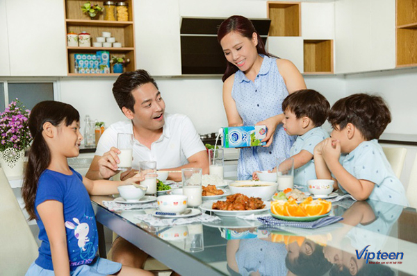 thực đơn tăng chiều cao với gia đình