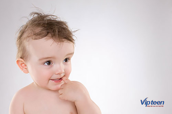 bổ sung canxi và vitamin d cho trẻ 4 tháng tuổi rụng tóc