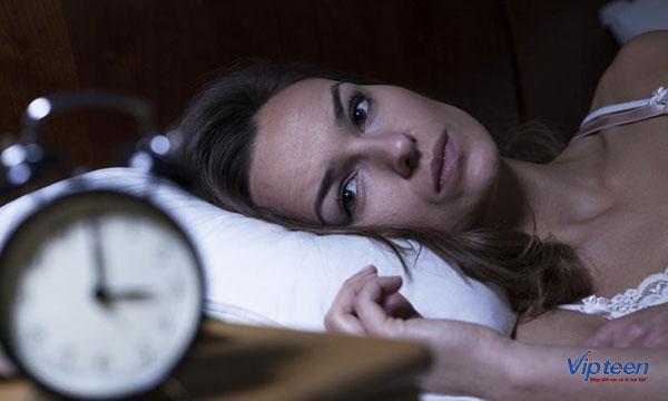 không ngủ muộn là cách tăng chiều cao ở tuổi 17