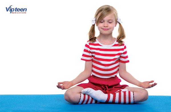 cách tập yoga tăng chiều cao - tư thế thiền hoa sen