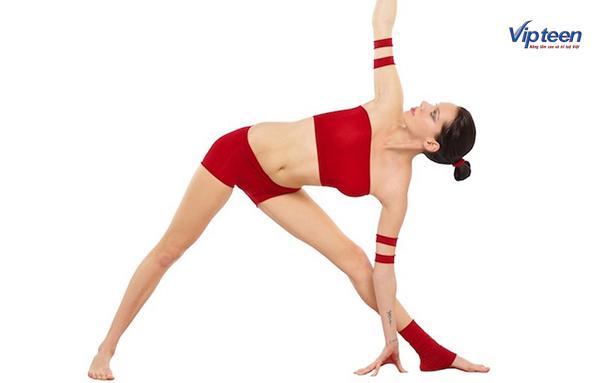 cách tập yoga tăng chiều cao - tư thế tam giác