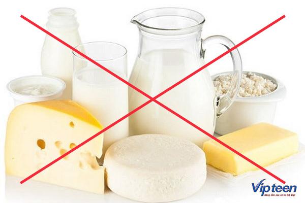 sữa và canxi tuyệt đối tránh uống cùng lúc