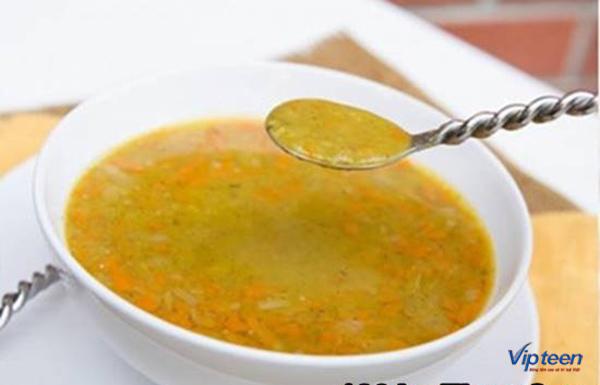 bổ sung canxi cho trẻ 7 tuổi bằng súp gà buổi sáng