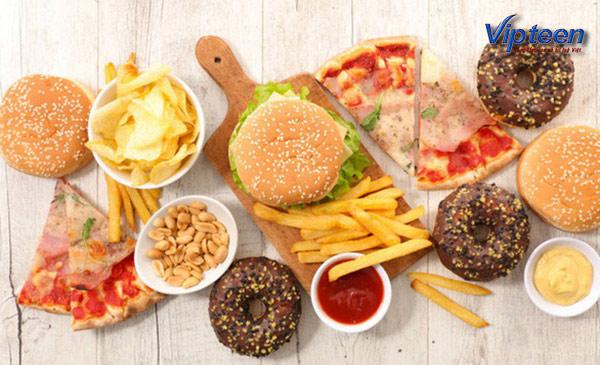 đồ ăn nhanh không tốt để bổ sung canxi cho bé