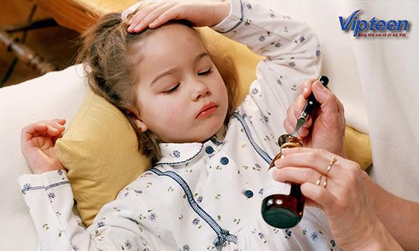 trẻ bị ốm thường xuyên