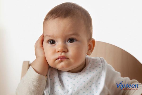 lý do trẻ 3 tuổi rụng tóc