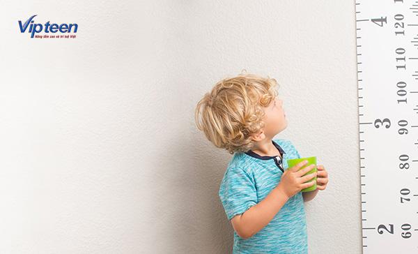 Chiều cao của trẻ dựa vào nhiều yếu tố khác nhau