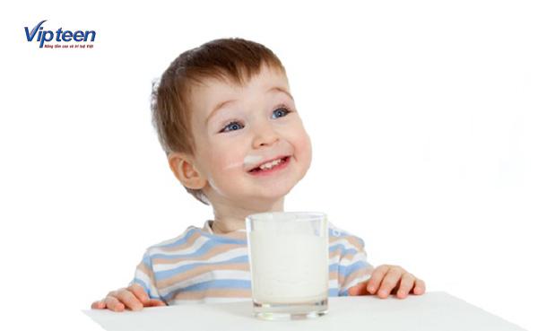 Cho trẻ dùng sữa tăng chiều cao đúng cách để phát huy hiệu quả