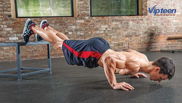 Chống đẩy thường xuyên giúp phát triển các cơ toàn cơ thể