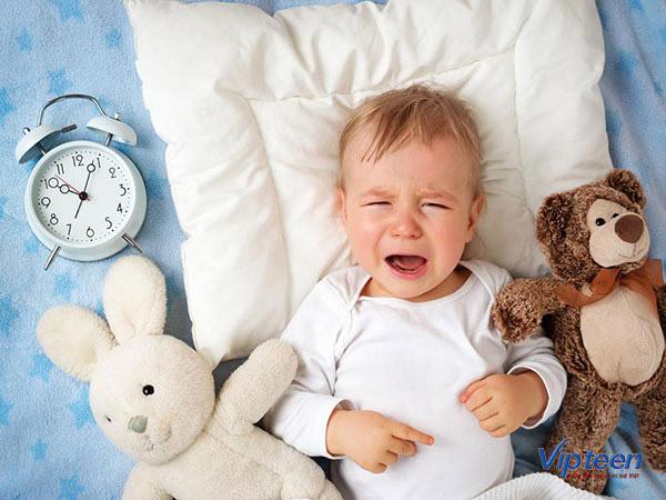 Tình trạng quấy khóc đêm của trẻ 3 tuổi