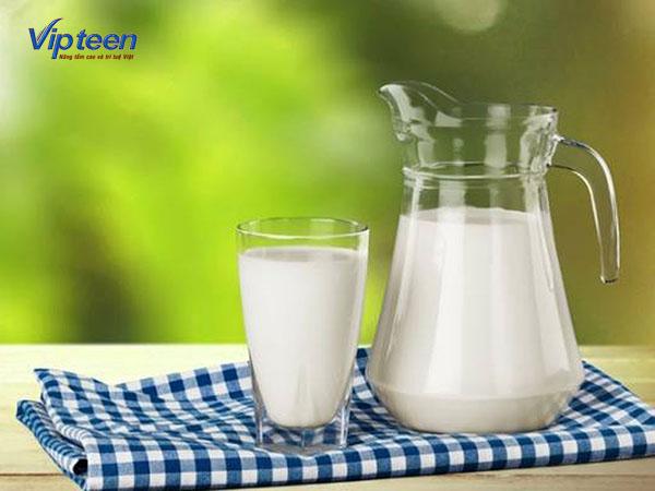 Sữa bò cho trẻ thiếu Canxi