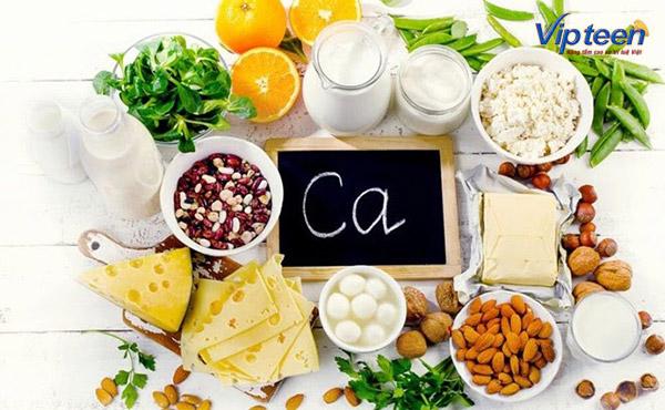 ưu tiên bổ sung canxi cho trẻ 10 tuổi bằng thực phẩm