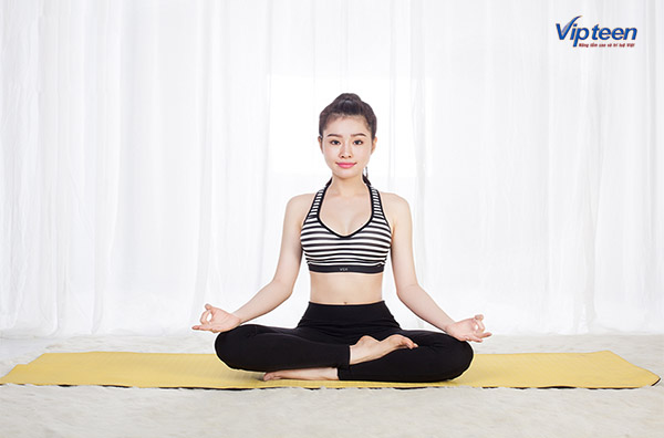 bài tập yoga Sukhasana