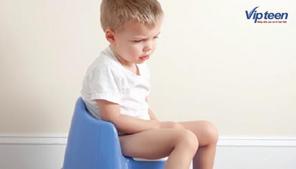 trẻ biếng ăn thấp còi bị rối loạn tiêu hóa