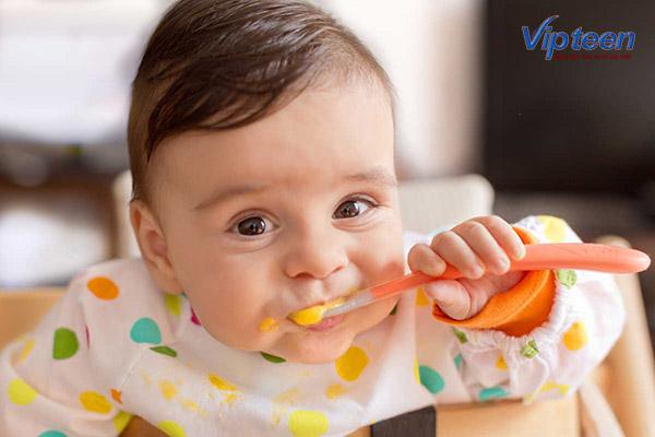 chế độ ăn cho trẻ bị còi xương nhẹ
