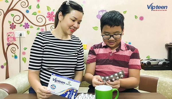 dùng vipteen cho trẻ biếng ăn thấp còi