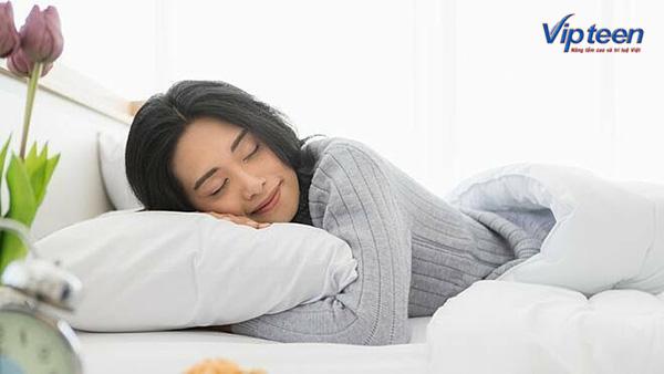 Ngủ đủ giấc để tăng chiều cao